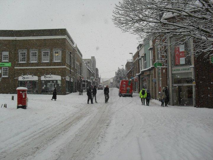 snowy street 1